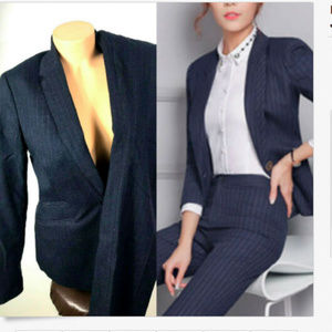 Banana Republic Pant Suit 6 Navy Blue Stripe Women